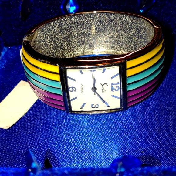 Nwt beautiful rainbow vintage watch